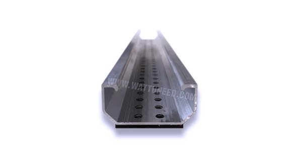 Mounting rail for trapezoidal roofs trapeze light+end clam NVT