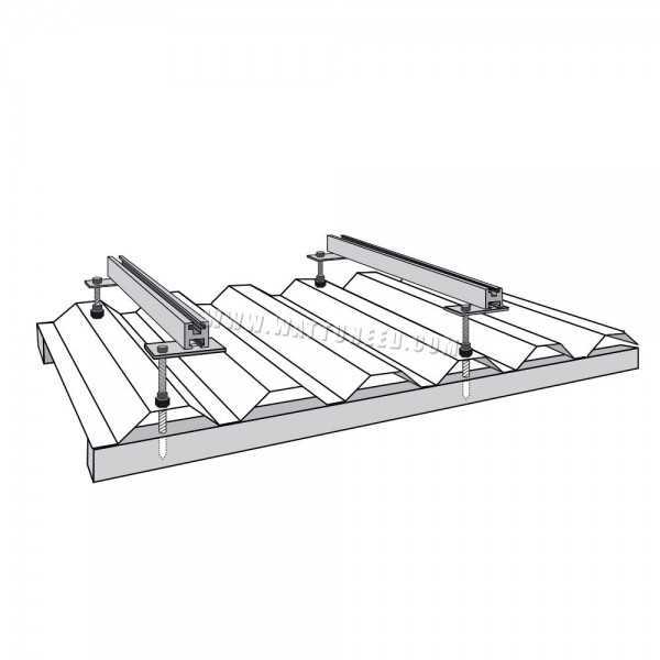 Kit de fixation pour panneaux solaires sur toiture en t le for Toit de tole