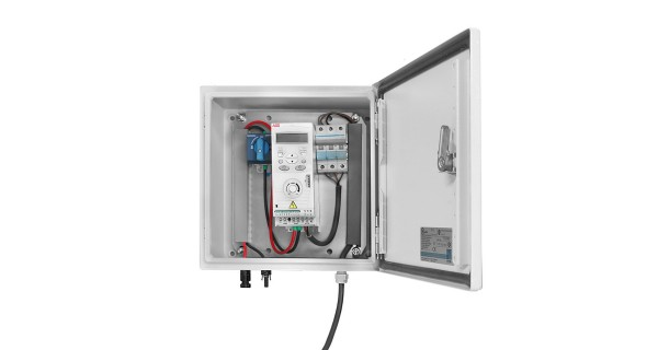 Transformation and security box for solar pumping 3x400V