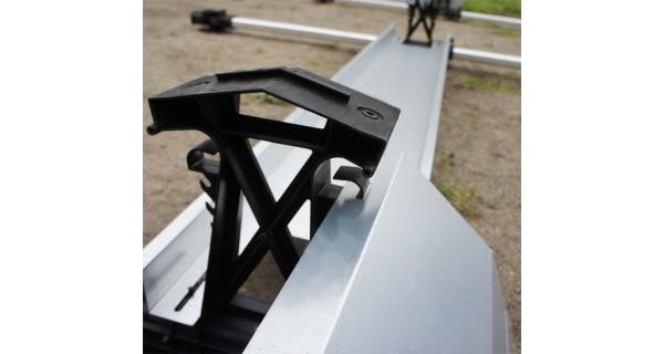 Back wind deflector for FlatFix racking system
