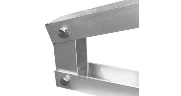 Pied pour structure autoportante en aluminium pour panneau solaire photovoltaïque. Détails
