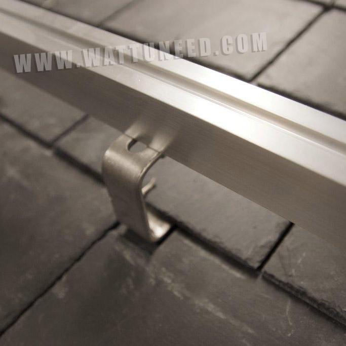 fixation panneau solaire toiture support de fixation mural rglable pour panneaux solaires moins. Black Bedroom Furniture Sets. Home Design Ideas